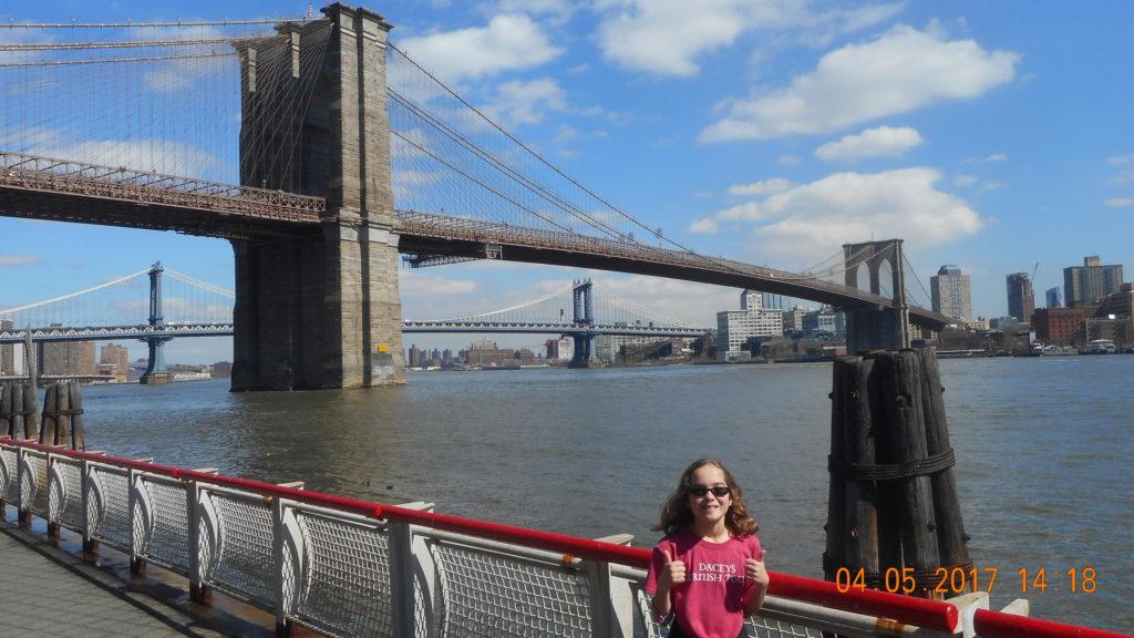 Sophie, Brooklyn Bridge, New York